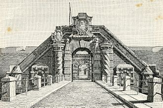 Timeline of Syracuse, Sicily - Image: Porta del castello d'Ortigia