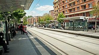Île-de-France tramway Lines 3a and 3b - Image: Porte des Lilas Arrêt de tramway 2017 04 14