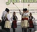 Praha, Staré Město, Ovocný trh, Pražský jarmark, srbští tanečníci III.JPG