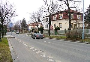 Jinonice - Karlštejnská street
