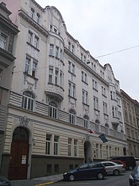 Praha Letna pplk Sochora 27.jpg