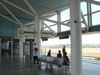 Punggol MRT/LRT station - LRT Platform of Punggol LRT station