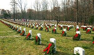 Quantico National Cemetery - Image: Quantico National Cemetery Wreaths Dec 6 08