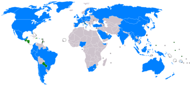 Mapa světa zobrazující země, které mají vztahy s Čínskou republikou.  Pouze několik malých zemí udržuje diplomatické vztahy s vládou Tchaj-wanu, zejména ve Střední Americe, Jižní Americe a Africe.