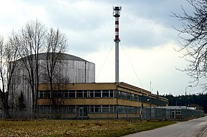 Der Reaktor Maria von außen