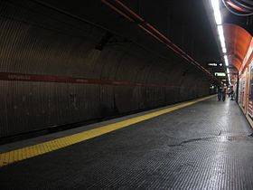 Image illustrative de l'article Repubblica - Teatro dell'Opera (métro de Rome)