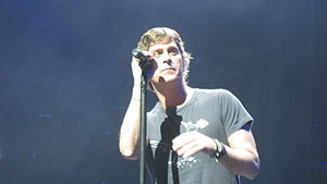Rob Thomas (musician) - Rob Thomas at a Matchbox Twenty concert in Las Vegas (The Venetian) - IBM Impact 2013-04-30.