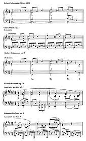 Synopse des Beginns eines von Robert Schumann 1830 skizzierten Themas, das in Clara Wiecks op. 3 und in Robert Schumanns op. 5 sowie in den Zweitfassungen von Clara Schumanns op. 20 und Johannes Brahms' op. 9 Verwendung fand (Quelle: Wikimedia)