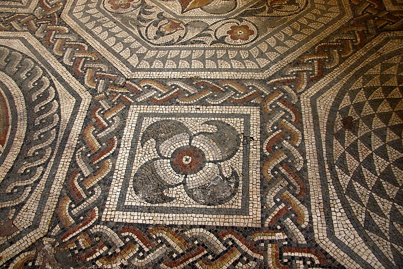File:Roman mosaic in the Jewry Wall Museum.jpg