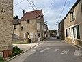 Rue de Montillot (Yonne, France).jpg