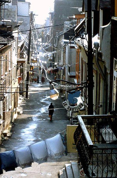 Fichier:Rue du Petit-Champlain (1978).jpg