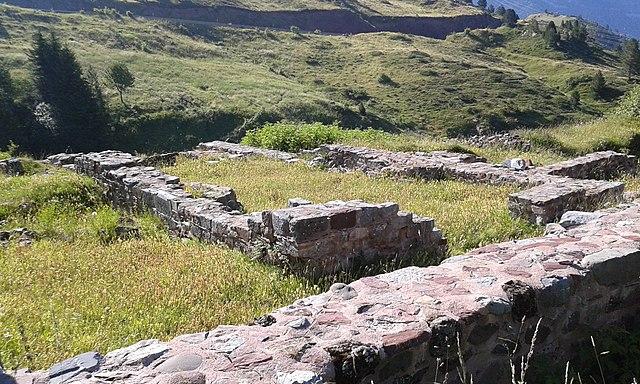Ruinas del hospital de Santa Cristina de Somport, Commons Wikipedia, autor: Oroel
