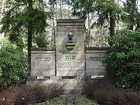 Südwestkirchhof Stahnsdorf Grab Friedrich Wilhelm Murnau.JPG