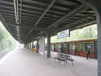 Berlin-Wittenau station - S-Bahn platform