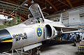 Saab 37 Viggen (37-6).JPG