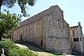 San Leo, fronte (senza porta) della Pieve di Santa Maria Assunta - panoramio.jpg