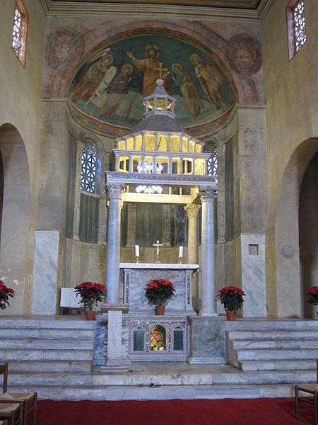 File:San giorgio al velabro, interno 02.JPG