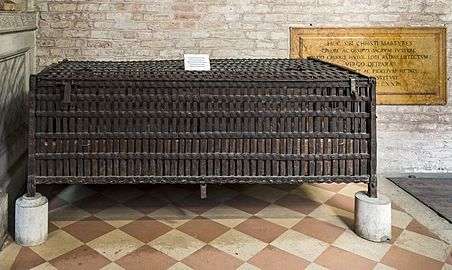 Santa Giustina (Padua) - Corridor of the Martyrs - The old cage of St Luc