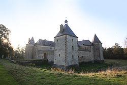 Sapogne-sur-Marche Château de Tassigny - le Château de Tassigny - Photo Francis Neuvens lesardennesvuesdusol.fotoloft.JPG