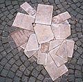 Scholl-Denkmal, München (cropped).jpg