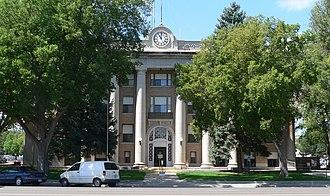 Scotts Bluff County, Nebraska - Image: Scotts Bluff County courthouse from E 1