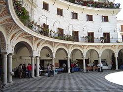 Mercadillo dominical en la Plaza del Cabildo