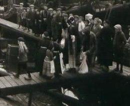 De aankomst van Sinterklaas in Volendam in 1930