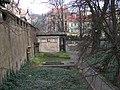 Smíchov, Malostranský hřbitov, z Duškovy, hrobka pod Erbenovou (01).jpg