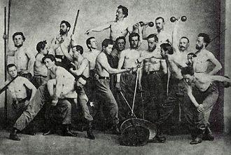 Miroslav Tyrš - Tyrš (above all) posing with other Sokol members
