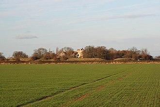 Somerton Castle - Image: Somerton Castle Geograph 1055631 by Richard Croft