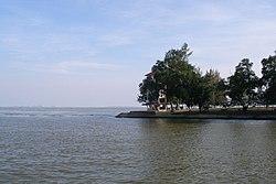 Songkhla Lake (747291297).jpg
