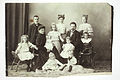 Sonja och Karl Emil Ståhlberg med tio barn ca 1910.jpg