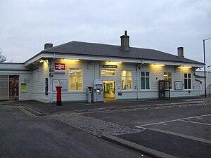South Croydon railway station - Image: South Croydon stn building