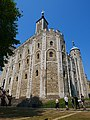 Southeast View of the White Tower, Tower of London (02).jpg