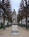 Statue Lamartine, square Lamartine, Paris 16e.jpg