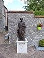 Statue de saint Joseph parvis de l'église Saint-Jean-Baptiste Gellainville Eure-et-Loir France.jpg
