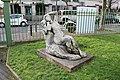 Statue femme square Théâtre Garde Chasse Lilas 2.jpg