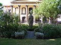 Statue in Trinity Church Square - geograph.org.uk - 1397628.jpg