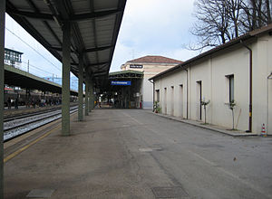 View of platform 1 looking towards Venice.