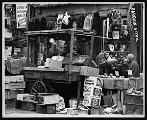 Brownsville, Brooklyn - A street market on Belmont Avenue in 1962, when the neighborhood still had a large Jewish presence