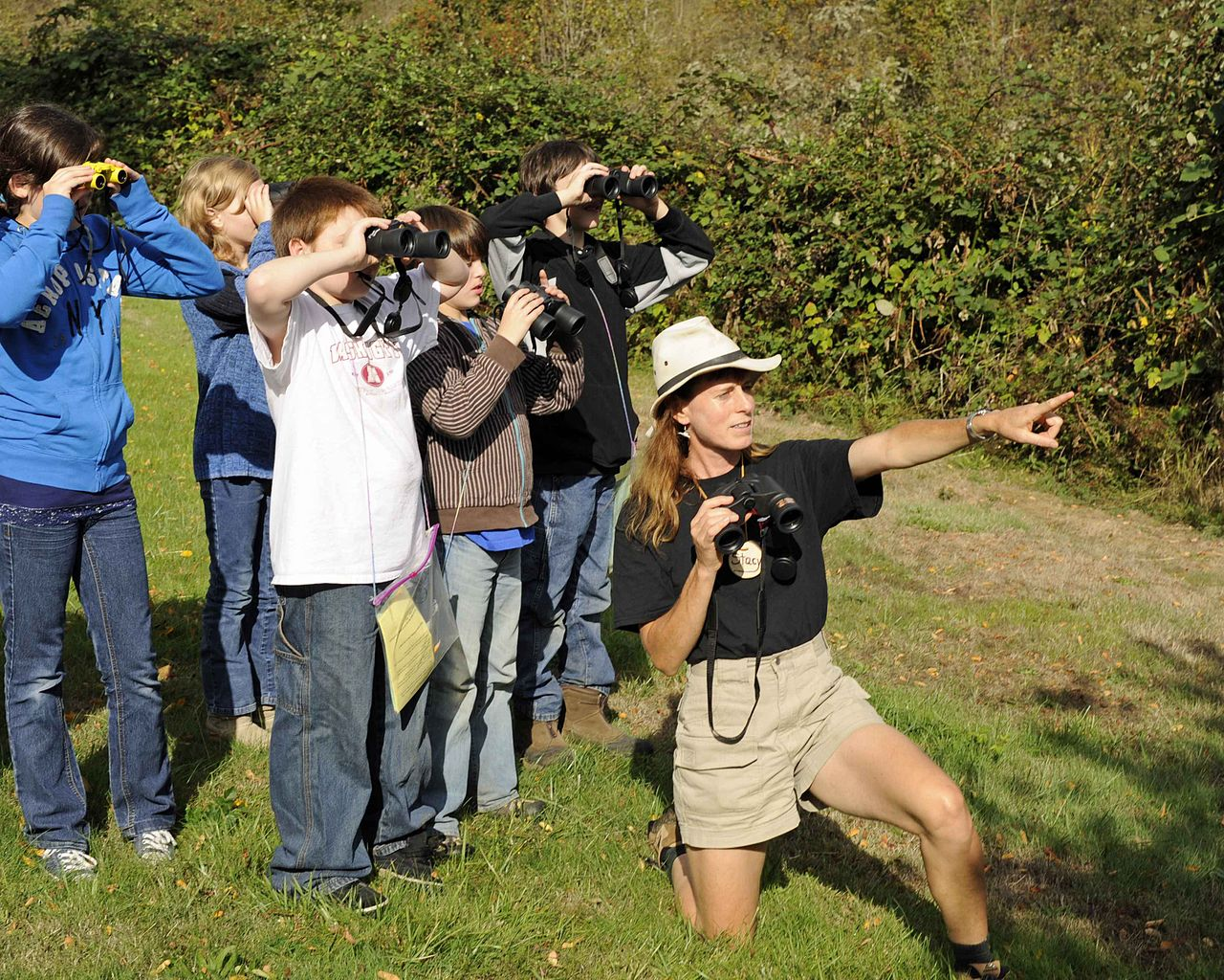 File:Students Learn About Birding And How To Use