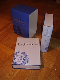 Svensk ordbog udgivet af Svenska Akademien.   JPG