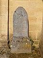 Sy-FR-08-pierre tombale-01.jpg