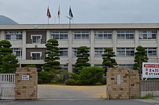 Takehara High School 2013-08.JPG