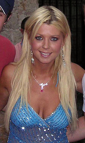 English: The American actress Tara Reid. Franç...