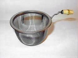 Mesh - A tea strainer made of metal mesh