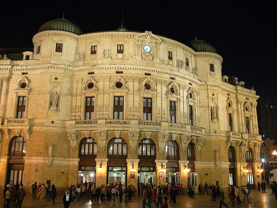 Teatro Arriaga exterior 2