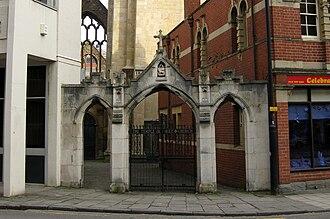 Temple Church, Bristol - Gateway