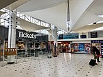 The booking hall, Plymouth railway station 02.jpg