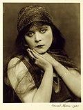 Theda Bara 1921 Orval Hixon.jpg